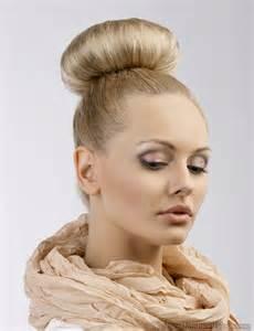 topknot bun hairstyles 2017