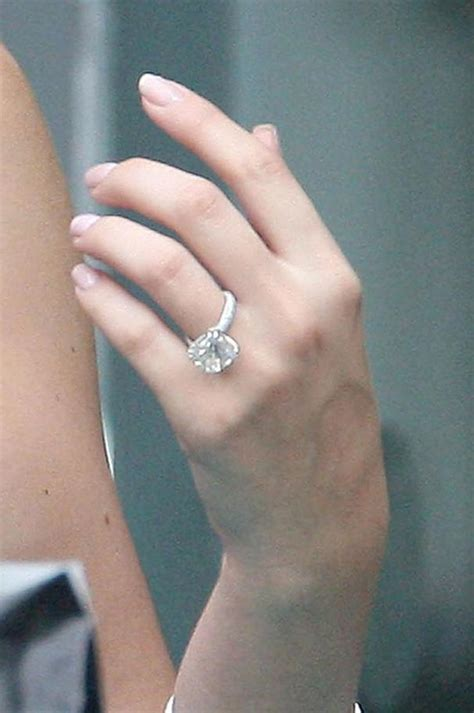 fashion4ever images khloe kardashian engagement ring HD