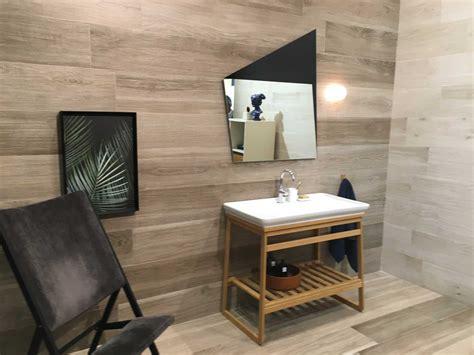 piastrella effetto legno piastrelle effetto legno anche a parete cose di casa