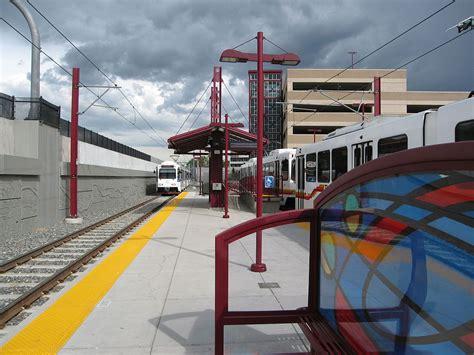 light rail stations denver of denver station
