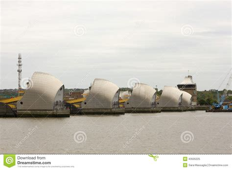 thames barrier animation thames barrier stock photo image 43505225