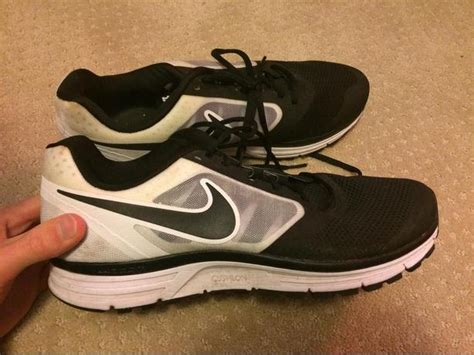 sport chek running shoes size 11 city
