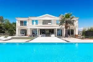 n 176 2 location de villa de luxe avec piscine pour