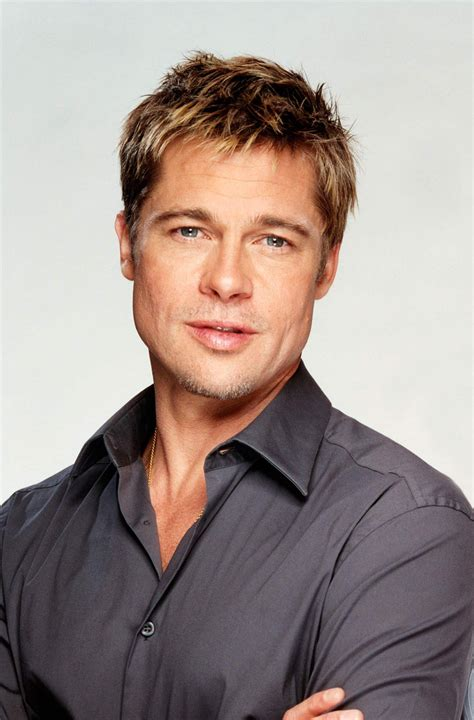 Gorgeous Brad Pitt With That Chiseled Face Wow Brad Pitt
