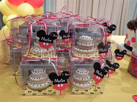 mickey mouse wedding favors ideas 101 best mickey mouse images on mickey cakes