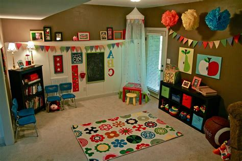 interesting playroom wall decor photos design ideas dievoon