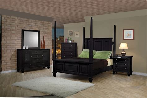 black king bedroom sets save big on the black post 2pc bedroom set e king