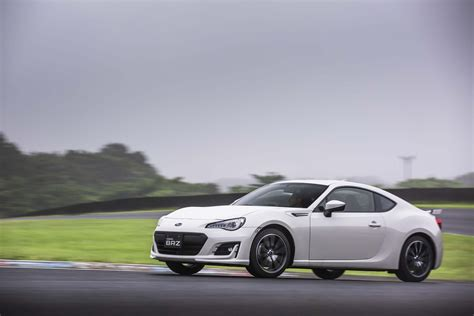subaru brz 2017 2017 subaru brz price engine pictures news specs