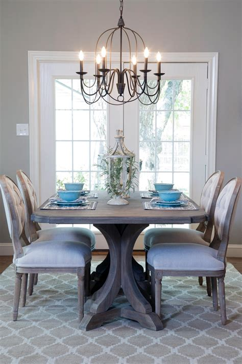 Dining Room Table Lighting A 1940s Vintage Fixer For Time Homebuyers Hgtv S Fixer With Chip And Joanna