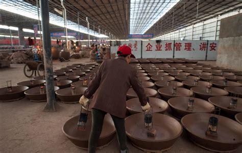 produzione vasi terracotta cina la produzione secolare di vasi in terracotta foto