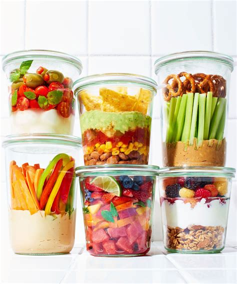 Detox Snack Ideas Fgor School by 6 Snacks In A Jar That Will Become Your New Obsession