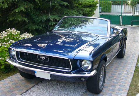 Location Ford mustang 1968 bleu 1968 bleu TREMBLAY EN FRANCE