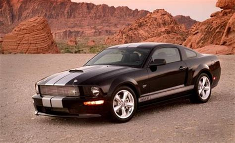 2007 mustang gt car and driver