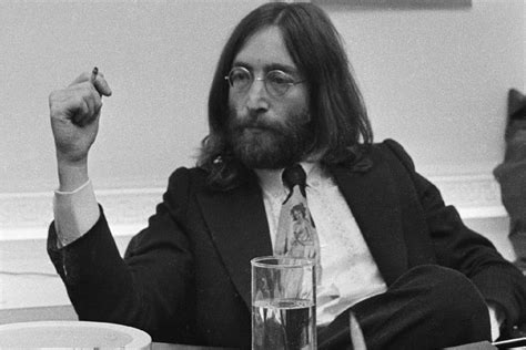 50 Years Ago: John Lennon Returns His MBE to the Queen