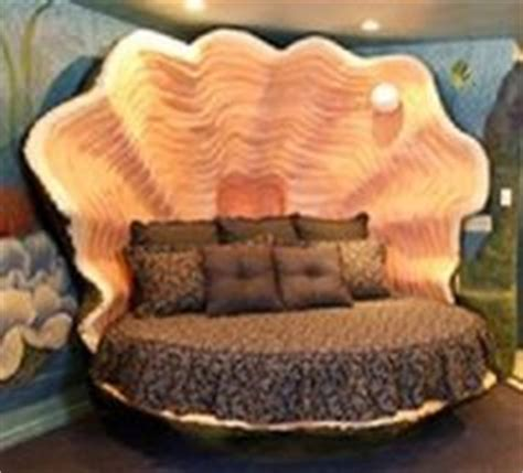 clam shell bed 1000 images about bedroom redecoration on pinterest art deco bedroom the artist