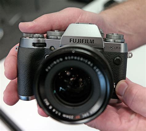 fuji xt1 on with the new fuji x100t xt 1 graphite silver