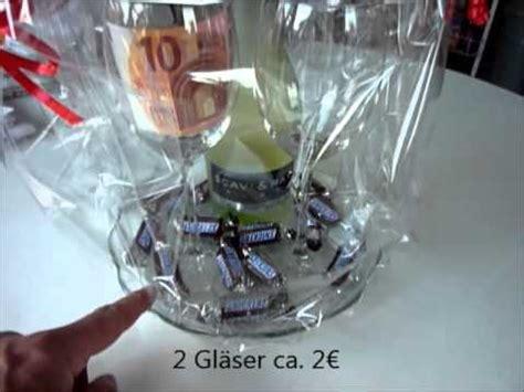 Flasche Mit Geld Dekorieren by Geschenk Sektflasche Und Gl 228 Ser Originell Verpackt