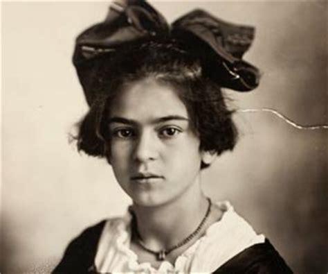 best biography frida kahlo frida kahlo biography childhood life achievements