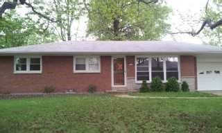 houses for sale columbia il columbia illinois reo homes foreclosures in columbia