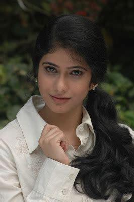 telugu cinema heroine love photos love life movie heroine kashmira photos stills indian