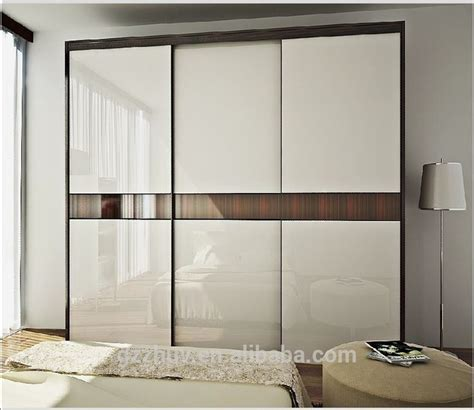 Sliding Wardrobe Design by Best 25 Sliding Wardrobe Designs Ideas On Fitted Sliding Wardrobes Modern Wardrobe