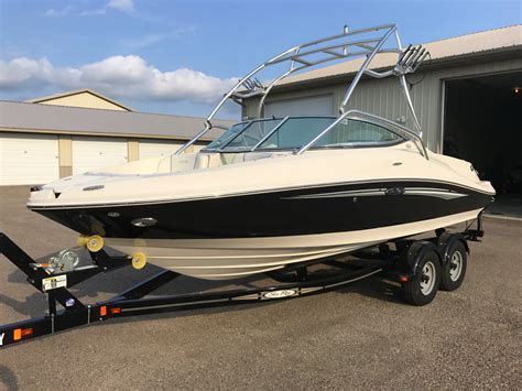sea ray 210 select wakeboard boat low hours no reserve for - Wakeboard Boat Hours