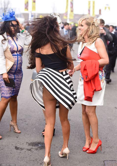 Dres Windi grand national festival sees revellers descend on