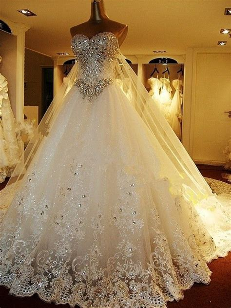 Expensive Wedding Dresses by The Town Bird 5 Most Expensive Wedding Dresses