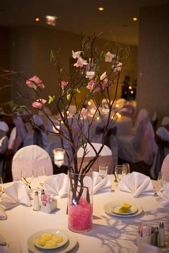 brides helping brides curly willow centerpieces