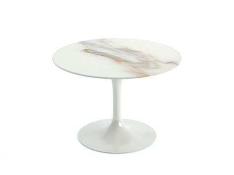Tulip Coffee Table Buy The Knoll Saarinen Tulip Coffee Table At Nest Co Uk