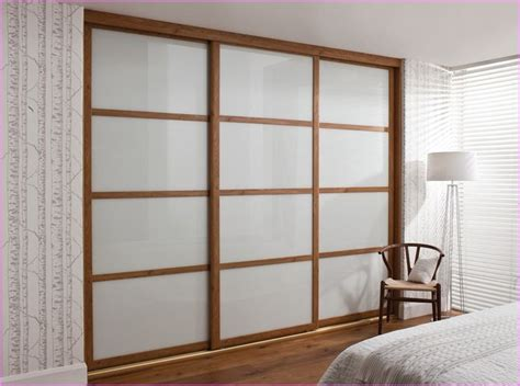 Diy Built In Wardrobe Doors - best 25 sliding closet doors ideas on diy