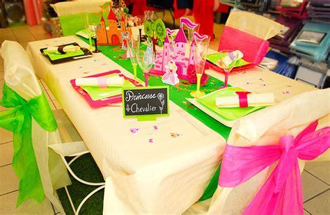 table d anniversaire princesse et chevalier