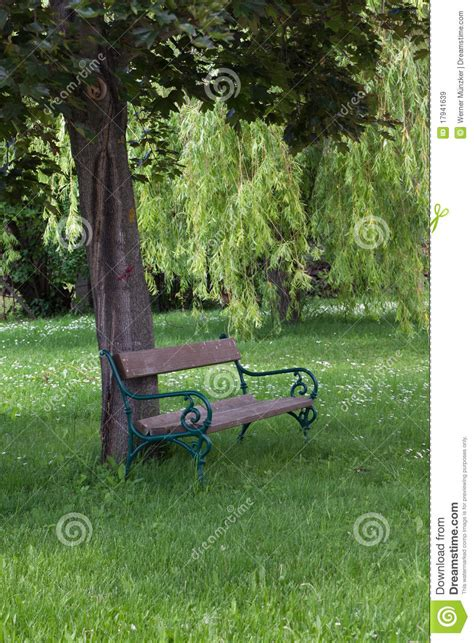 old park benches old park bench royalty free stock images image 17941639