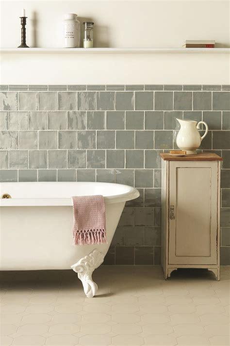 best bathroom companies best 25 tiled bathrooms ideas on pinterest shower rooms