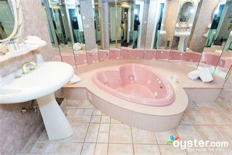 heart bathtub if these hotels did not exist neither would these 9