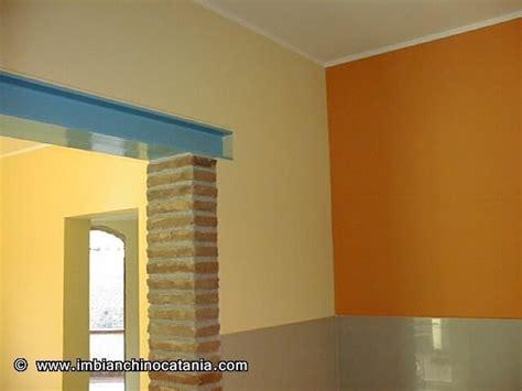 pitture cucina bicolore pareti cucina pittura decorazione