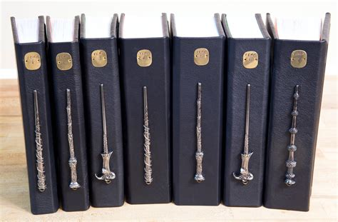 libro harry potter the wand harry potter la collezione in pelle con gli horcrux in metallo leganerd