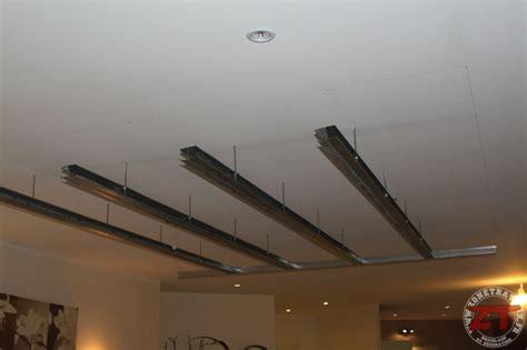 fabriquer un faux plafond brico cr 233 ation d un faux plafond avec ruban led et spots