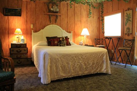 the secret bed and breakfast treehouse 125 night plus tax the secret bed and breakfast