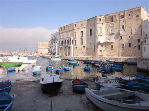 monopoli porto monopoli italia visto italia italy and