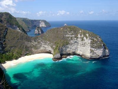 boat kusamba to nusa penida nusa penida island the best scuba diving destination