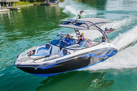 pavati boat a vendre yamaha unveils 2016 sportboat lineup powerboating