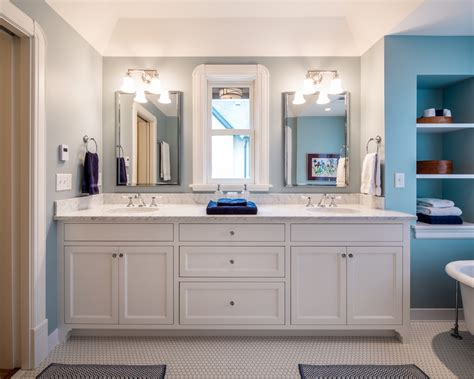Master Bath Vanities Pictures by Lowry Hill Traditional Quartersawn