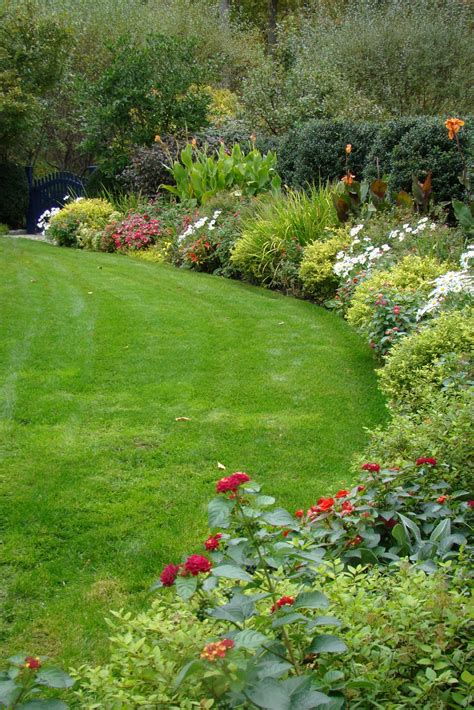 borders for flower gardens flower garden border http lomets