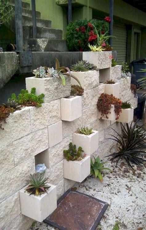 Block Wall Planters by Cinder Block Garden Wall Planter Diy Fres Hoom