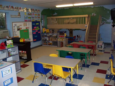 Love The Loft In This Classroom Someday I Will Have One How To Decorate Nursery Classroom