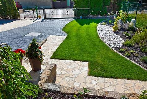 haus und garten ausstellung naturstein f 252 r haus zufahrt und vorgarten