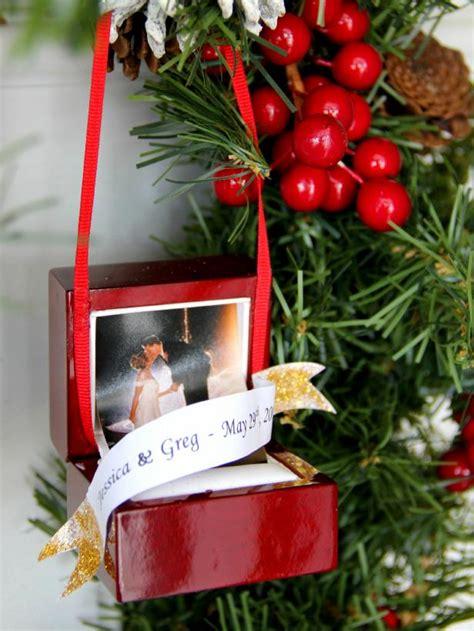 turn  ring box   christmas tree ornament