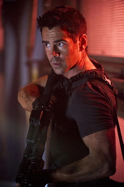 colin farrell in total recall heyuguys