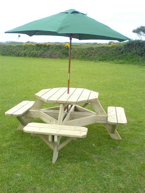 table parasol garden furniture